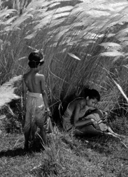 Pather Panchali [Song of the Little Road]